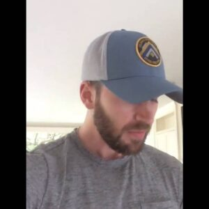 Chris Evans - 22 Push-Up Challenge