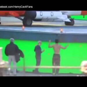 Henry Cavill In Motion- Working Out & Actions Scenes