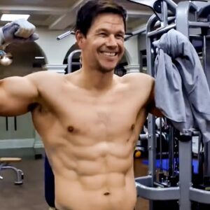How to Train Like Mark Wahlberg | Celebrity Workout